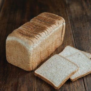 Malted brown sliced bread 800g (18 slices plus 2 crusts)